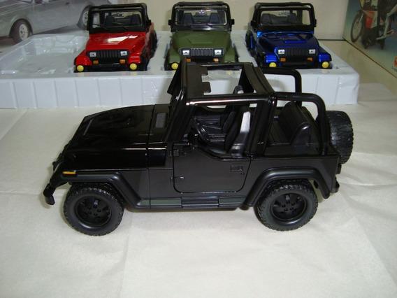Miniatura Jeep Wrangler 1/24 Jada Preto