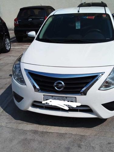 Imagem 1 de 5 de Nissan Versa 2017 1.0 12v S 4p