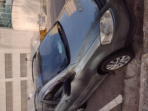 Imagem 1 de 4 de Volkswagen Spacefox 2010 1.6 Plus Total Flex 5p