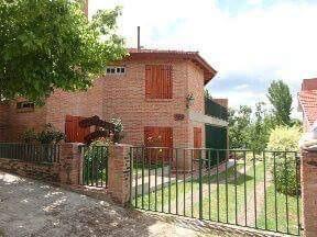 Alquiler Casa En Mina Clavero