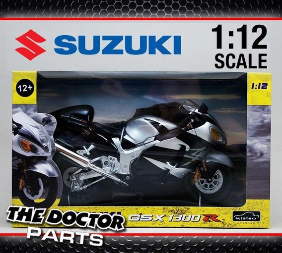 Moto Suzuki Gsx 1300 R Escala 1:12 En The Doctor Parts !