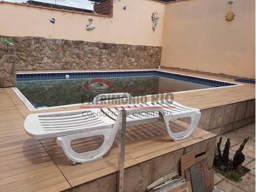 Casa Em Terreno 10x30 Com 3qtos, Piscina - Aceitando Financiamento. - Paca40141