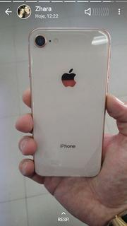 Aplle iPhone 8.