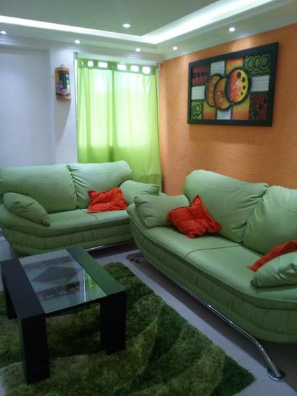 Bello Apartamento / Equipado A Estrenar / 04243366172