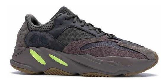 Tênis adidas X Kanye West Yeezy 700 Mauve