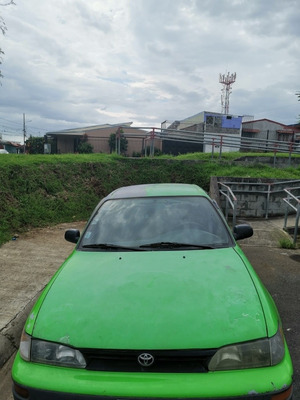 Toyota Corolla 95 Dx
