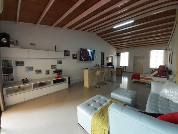 Hermosa Casa En Venta En Urbanismo De Cabudare #20-20556
