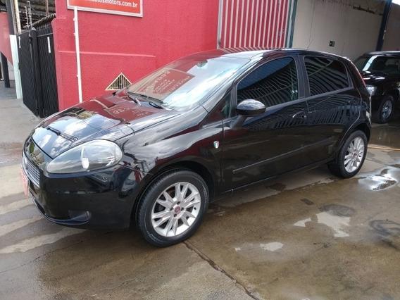 Fiat Punto Attractive Italia 1.4 2011/2012 Preto