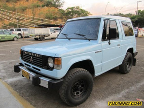 Mitsubishi Montero L042 Cabinado Mt 2600cc 3p Nal Pm