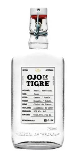 Imagen 1 de 2 de Mezcal Artesanal Blanco Joven Agave 750ml Ojo De Tigre