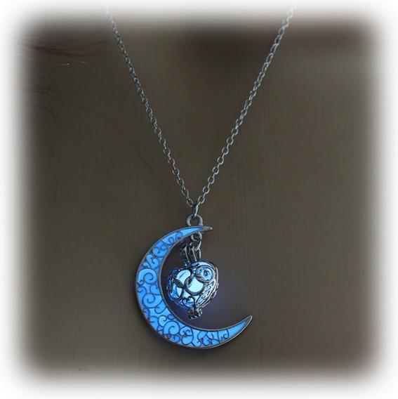 Collar Media Luna Brilla Oscuridad Luminiscente Metalico