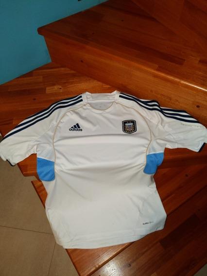 Camiseta Entrenamiento Argentina 2011 Talle L . Imperdible!