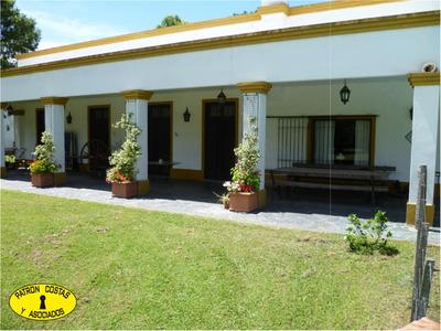 2374hp-casa Colonial Con Importante Pileta Con Lindo Jardin