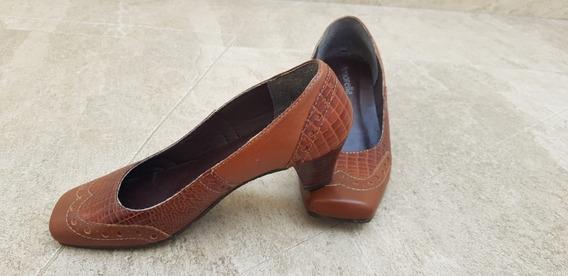 Sapato Feminin Salto 4 Cm Couro Moda Evangélica Usado Barato