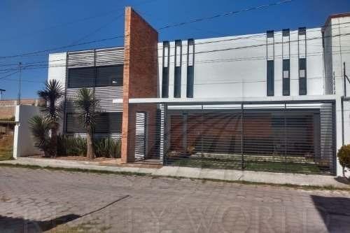Casa En Venta San Jerónimo Chicahualco Metepec.