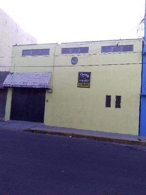 Casa De Uso Comercial En Calle 12 (neza)
