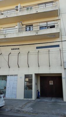 Dueño Directo Cochera En Edificio Centrico Bajas Espenzas