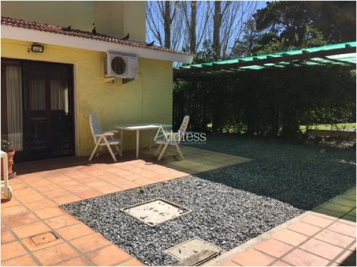 Casa En Cantegril, 3 Dormitorios *- Ref: 2081