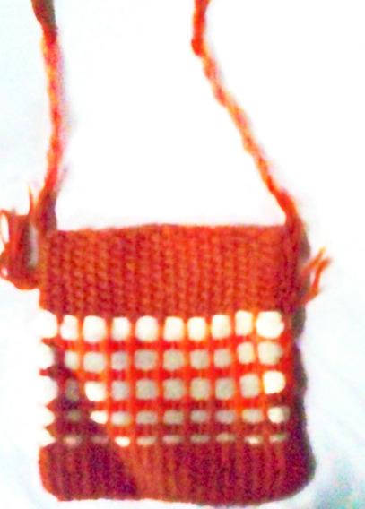 Aurojul- Nenas-artesanal-bandolera-diseño-tejida Mano-lana