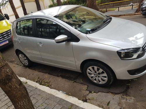 Imagem 1 de 6 de Volkswagen Fox 1.0 Vht Trend Total Flex 5p 2013