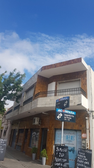 Casa De 5 Ambientes 2baños Al Frente 1er Piso 130mtr