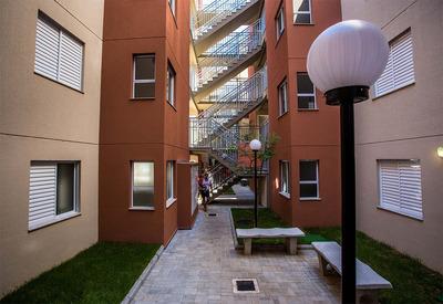 Vende Apartamento Cdhu Santa Isabel