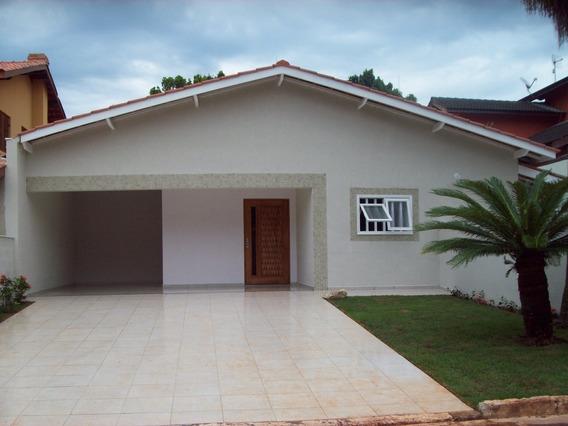 Casa Térrea Na Riviera. 150 M Da Praia. 4 Suites. Piscina.