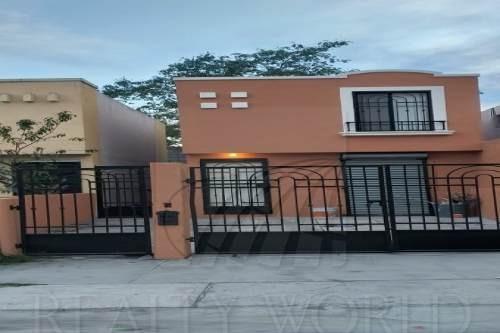Casas En Venta En Quinta Las Sabinas, Juárez
