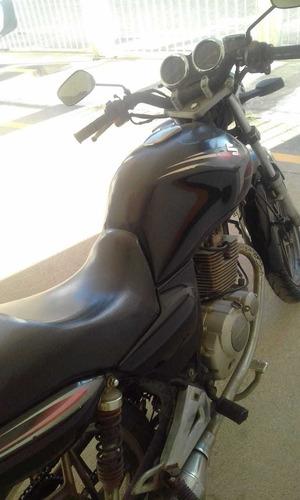 Imagem 1 de 4 de Suzuki Yes 125