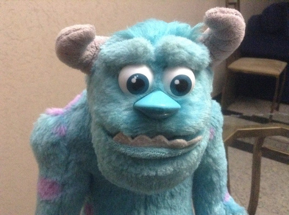 Pelúcia Sulley Interativa Amigo Assustador. Disney- Pixar