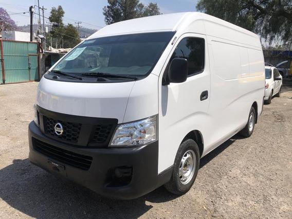 Nissan Urvan 2.5 Panel Amplia Mt 2017