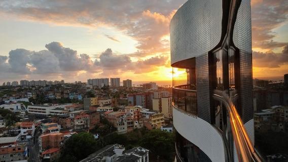 Apartamento 2/4 Próxima A Praia Bahia