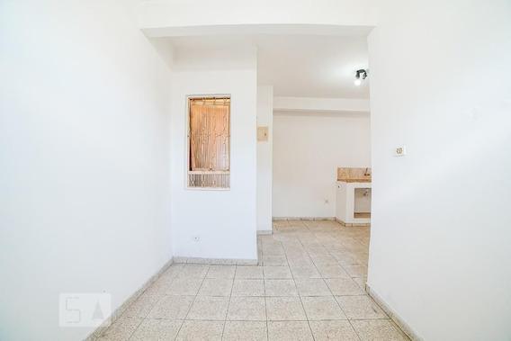 Casa Com 1 Dormitório - Id: 892946384 - 246384