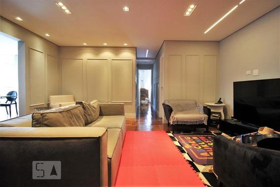 Apartamento No 2º Andar Com 2 Dormitórios E 2 Garagens - Id: 892956086 - 256086