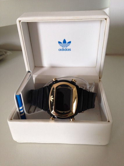 Relógio adidas Esportivo Digital Unissex Preto/dourado