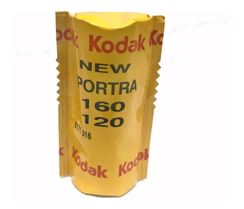 Imagen 1 de 2 de Rollo Color Kodak Portra 160 Asa - 120mm Vto 10/2020 (1154)