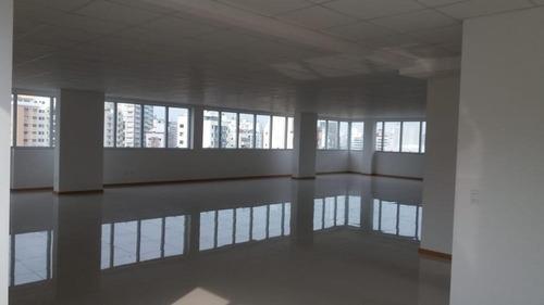 Imagem 1 de 17 de Sala Comercial No Centro - Sa0680