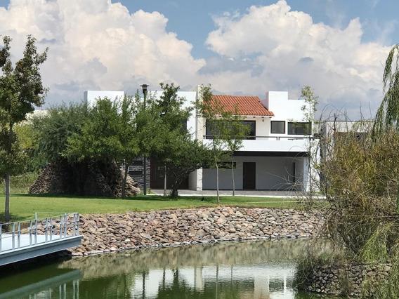 Renta De Hermosa Residencia En El Campanario Club De Golf