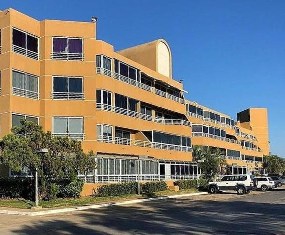 Mariaestela Boada Vende Apartamento Lecheria 20-23235