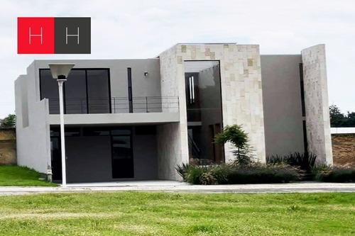 Imagen 1 de 19 de Casa En Venta Recta A Cholula.