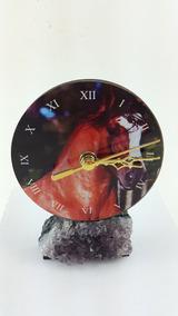 Relógio De Mdf Com Adesivo De Cavalo E Base De Ametista