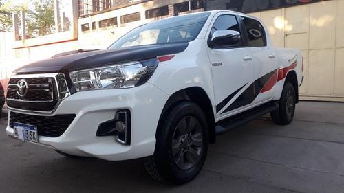 Toyota Hilux 2.8 Cd Srv 177cv 4x2 2019