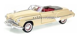 Buick Roadmaster 1949 1:18 Motormax 73116-bege
