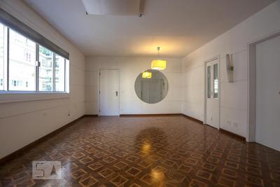 Apartamento No 6º Andar Com 2 Dormitórios E 1 Garagem - Id: 892935715 - 235715
