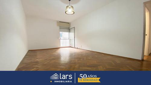 Apartamento Para Alquiler / Punta Carretas - Inmobiliaria Lars