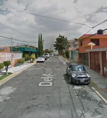 Casa En Villas De La Hacienda, Atizapan De Zaragoza.