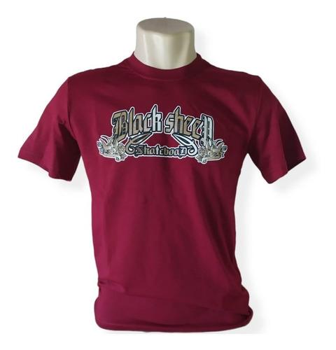 Imagem 1 de 1 de Camiseta Unissex Black Sheep