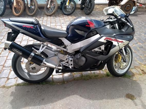 Honda Cbrr 900