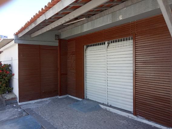 Aluguel Ponto Comercial - Avenida Antonio Sales