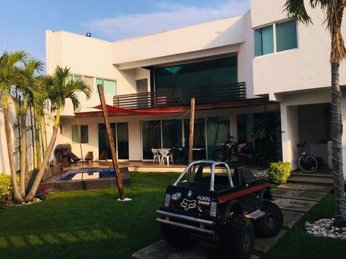 Imagen 1 de 13 de Casa En Privada En Acapatzingo, Cuernavaca, Morelos